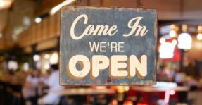wordpress opening hours plugin